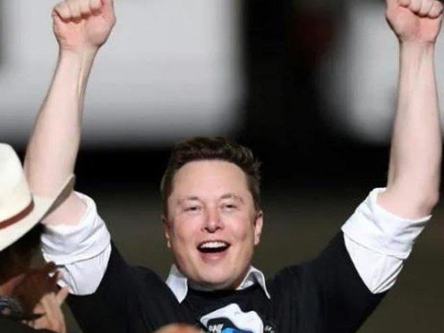 Elon Musk giành được hợp đồng khổng lồ để phóng vệ tinh của NASA