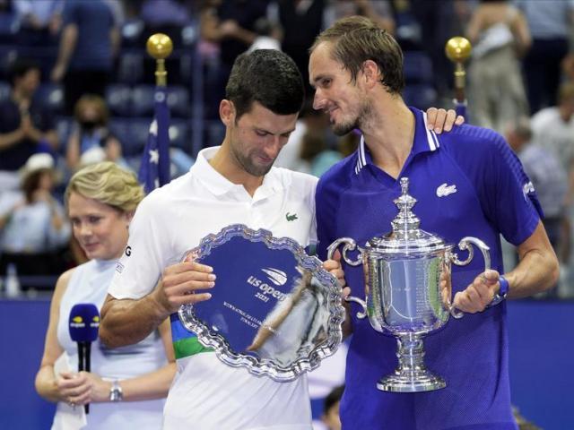 Djokovic sau cú sốc US Open vẫn mơ vượt Federer và Nadal