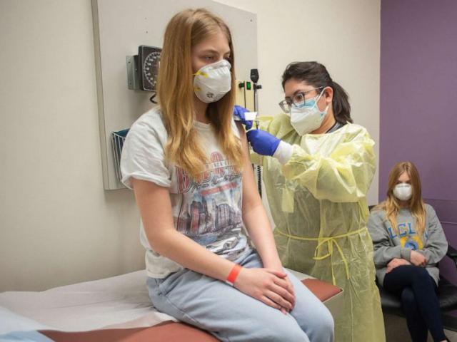 Mỹ: Phát hiện mới về hiệu quả bảo vệ của vaccine Pfizer sau 4 tháng
