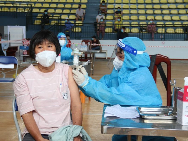 Sở Y tế TP.HCM đề xuất cấp thẻ xanh COVID cho người tiêm ít nhất 1 mũi vaccine