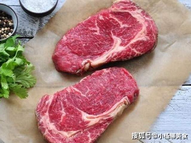 """3 phần thịt """"đắt xắt ra miếng"""" của con bò mà các đầu bếp khuyên bạn nên mua"""