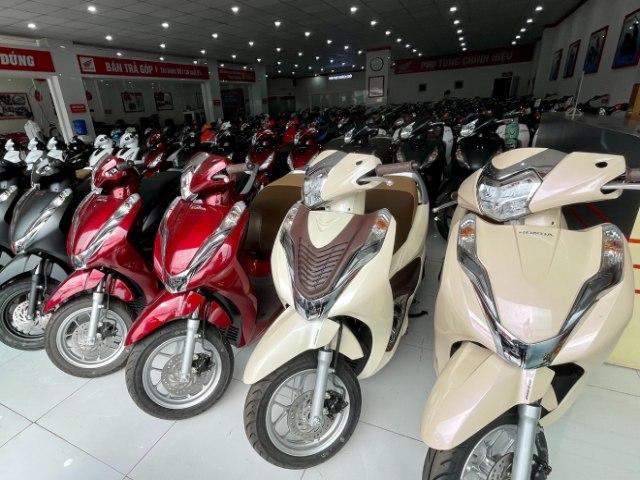 Hàng loạt mẫu xe máy Honda khuyến mại lớn, nhiều xe giảm giá chóng mặt