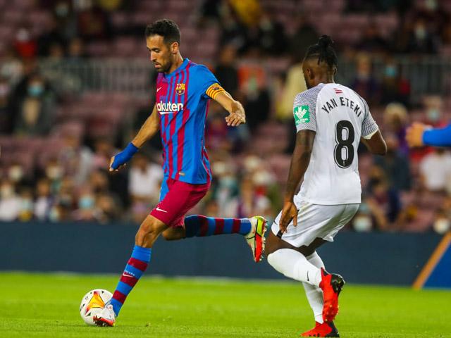 """Video bóng đá Barcelona - Granada: """"Gáo nước lạnh"""" đến sớm, vỡ òa phút 90 (Vòng 5 La Liga)"""