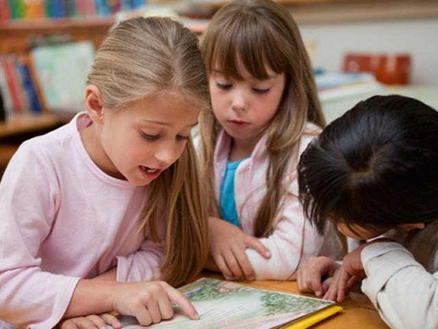 """Người Do Thái giỏi vì bố mẹ không bao giờ hỏi: """"Hôm nay con đã học gì ở trường?"""""""