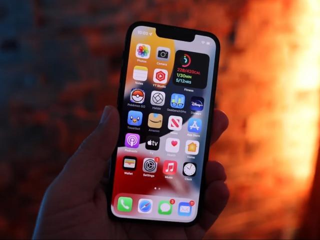 iPhone 13 vs iPhone 11: Có xứng đáng để nâng cấp?