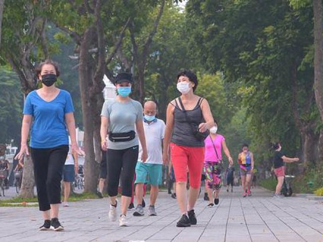 """Người dân Thủ đô phấn khởi trong ngày hội """"toàn dân tập thể dục"""""""