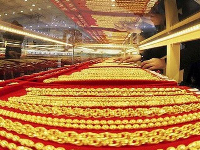 Giá vàng hôm nay 29/9: Dân buôn bán tháo, vàng giảm giá chóng mặt