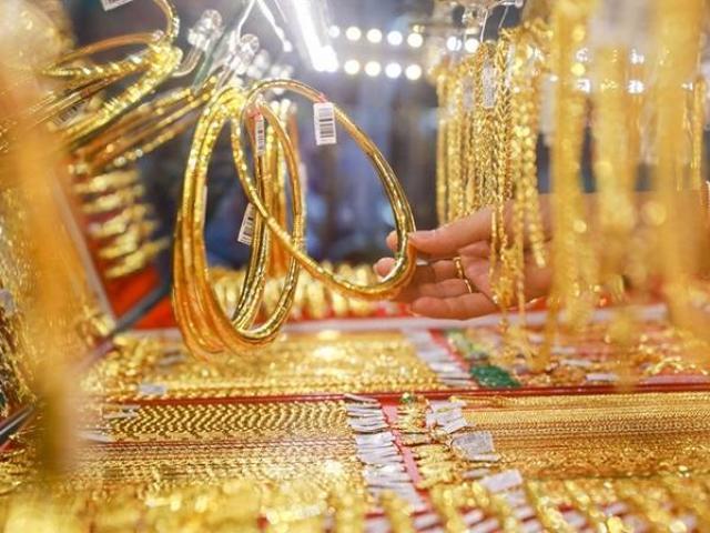 Giá vàng hôm nay 3/10: Chấm dứt chuỗi giảm, vàng sắp tăng như lên đồng?