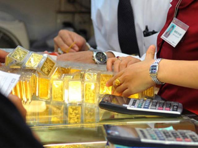 Giá vàng hôm nay 8/10: Vàng giảm nhưng tại sao chuyên gia vẫn khuyên nhất định phải mua?