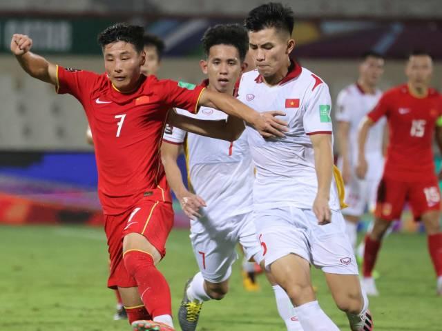 ĐT Việt Nam vá hàng thủ để đối phó Oman từng gây sốc Nhật Bản (Clip 1 phút Bóng đá 24H)