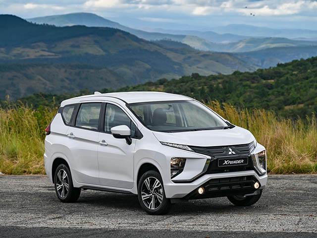 Giá xe Mitsubishi Xpander tháng 10/2021, hỗ trợ 50% phí trước bạ
