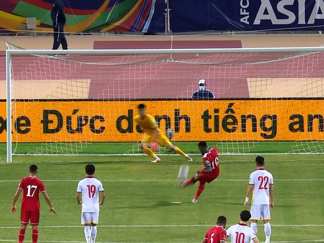 ĐT Việt Nam thót tim đá Oman: Vận may thủ môn Văn Toản, Khaldi sút 11m lên trời