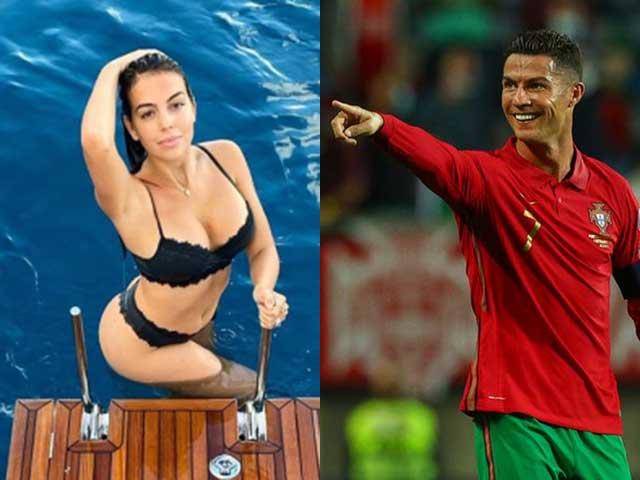 Fan đòi Ronaldo thay Fernandes đá 11m ở MU, bạn gái CR7 cởi đồ ăn mừng