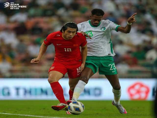 Video bóng đá Saudi Arabia - Trung Quốc: Rượt đuổi mãn nhãn, độc chiếm ngôi đầu  (Vòng loại World Cup)
