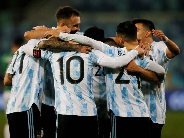 Nhận định vòng loại World Cup: Neymar đụng độ Suarez, Argentina & Messi nối tiếp mạch bất bại